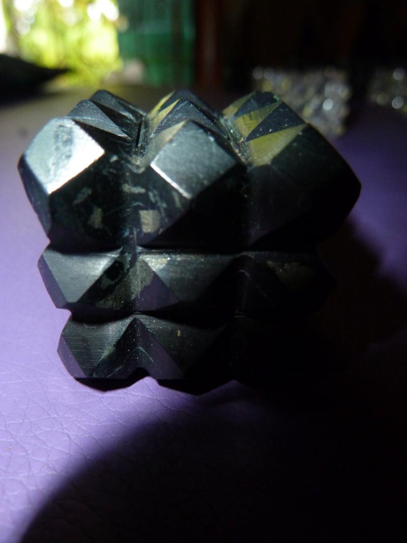 Magie du volume en minéral Cubes_11