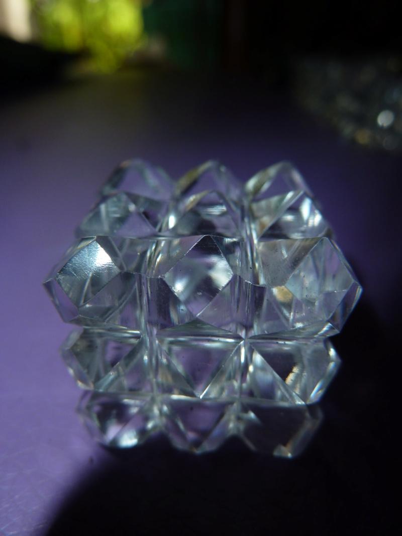 Magie du volume en minéral Cubes_12