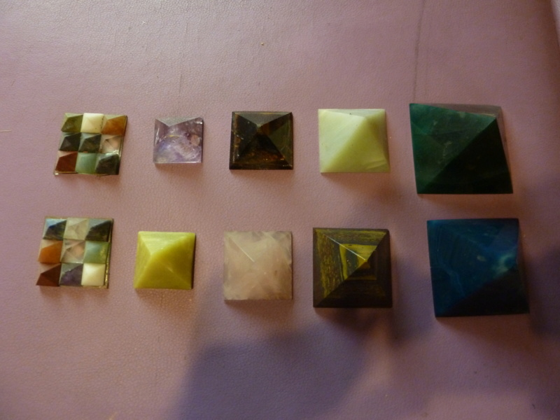 Magie du volume en minéral Pyrami10