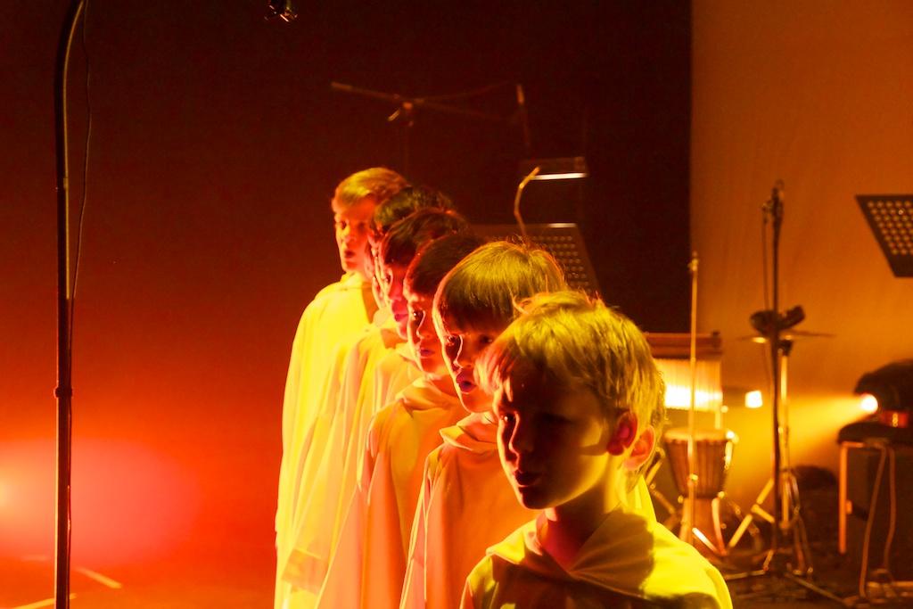 Les concerts et sorties (prestations live de Libera) [2000 → présent] - Page 3 2012_a10