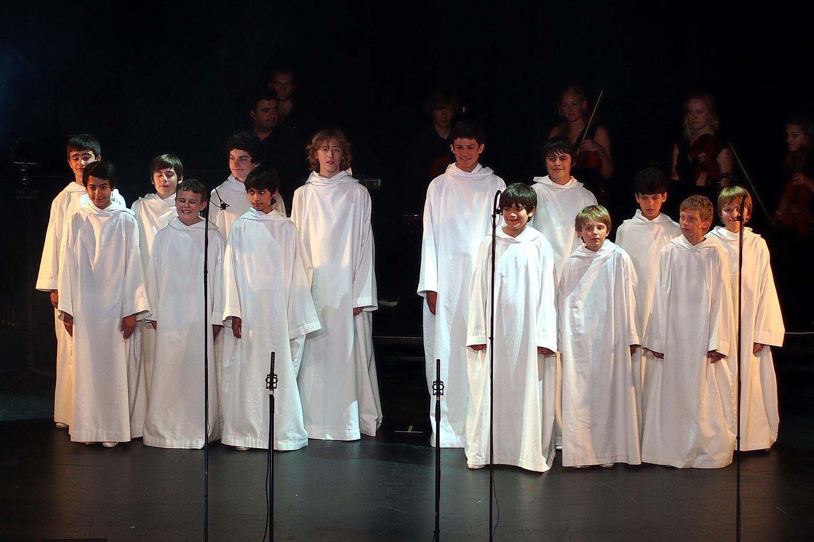 Les concerts et sorties (prestations live de Libera) [2000 → présent] - Page 3 2012_a11