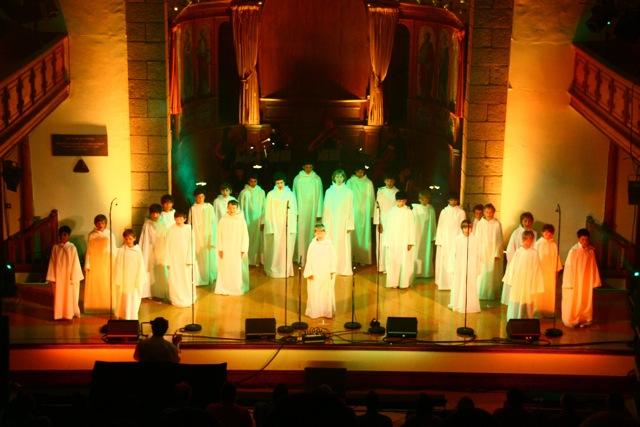 Les concerts et sorties (prestations live de Libera) [2000 → présent] - Page 3 2012_a12
