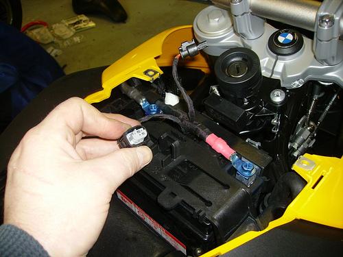 Prise électrique F800R 23353410