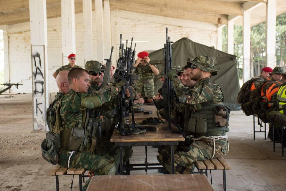 Forces armées grecques/Hellenic Armed Forces - Page 29 3610