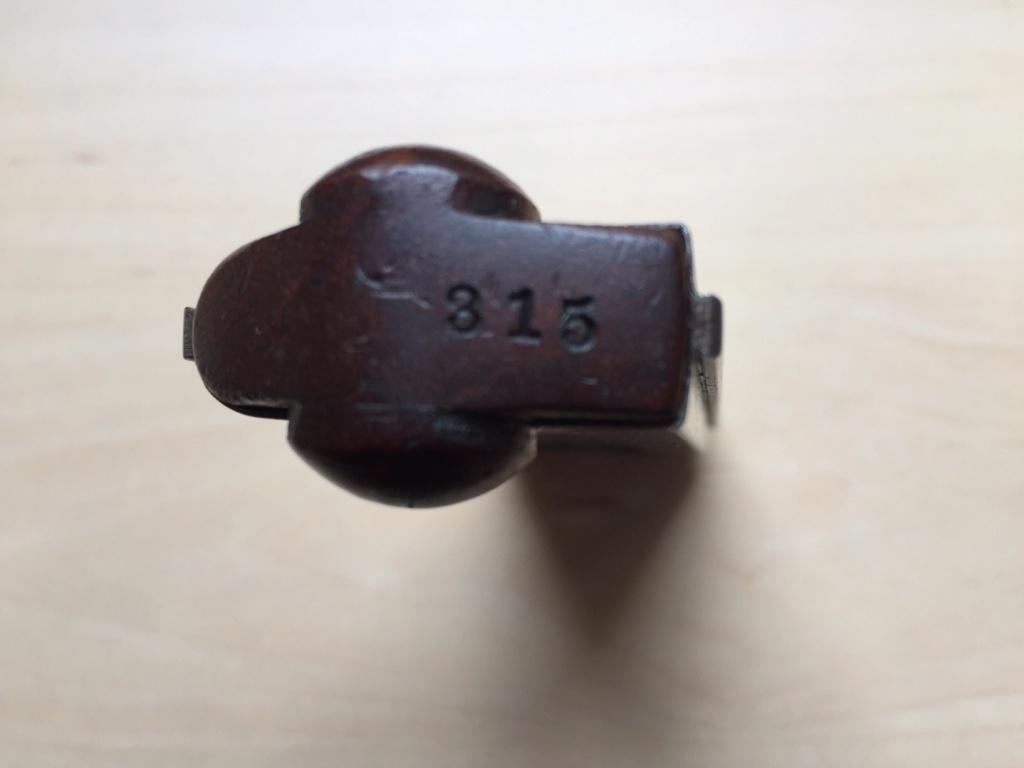 Porte chargeurs à identifier  Charge40