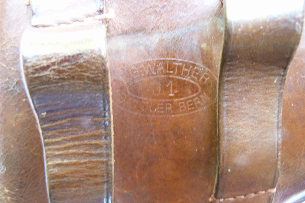 Les étuis militaires suisses pour les Luger 1900 de la DWM Holst115