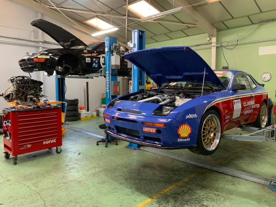 Location 944 Turbo / Trackdays ou meetings de course - Page 2 10154910