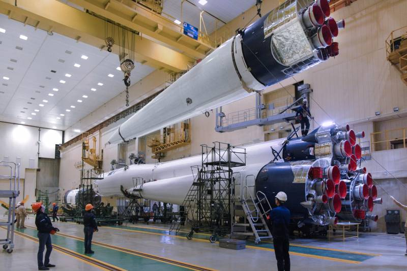 Russian Launch Vehicles and their Spacecraft: Thoughts & News - Page 21 16156211