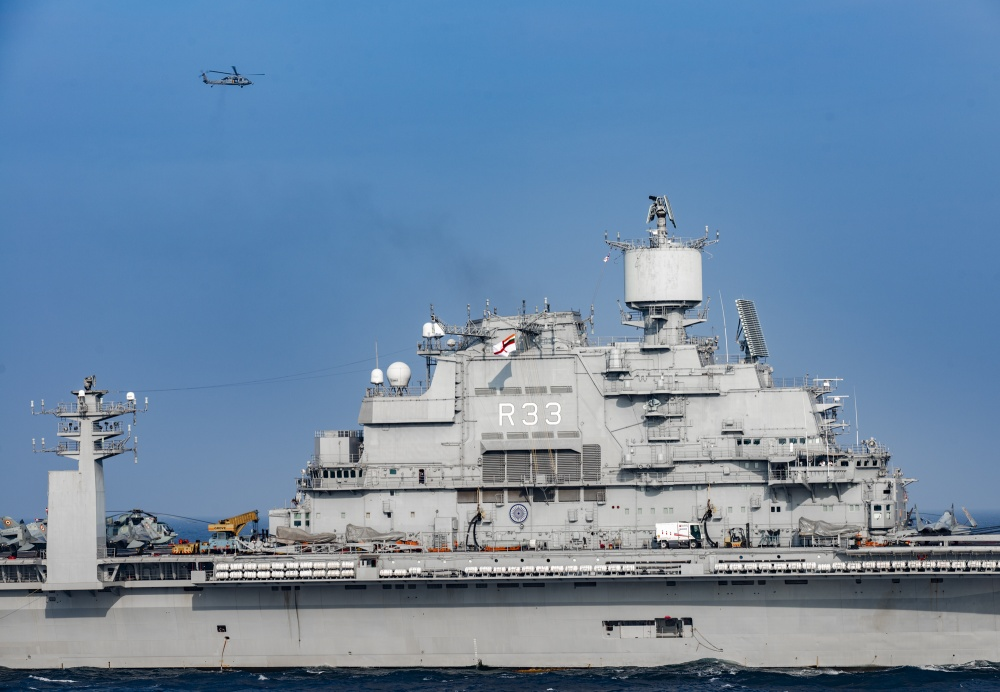 INS Vikramaditya (ex-Admiral Gorshkov) aircraft carrier - Page 4 262
