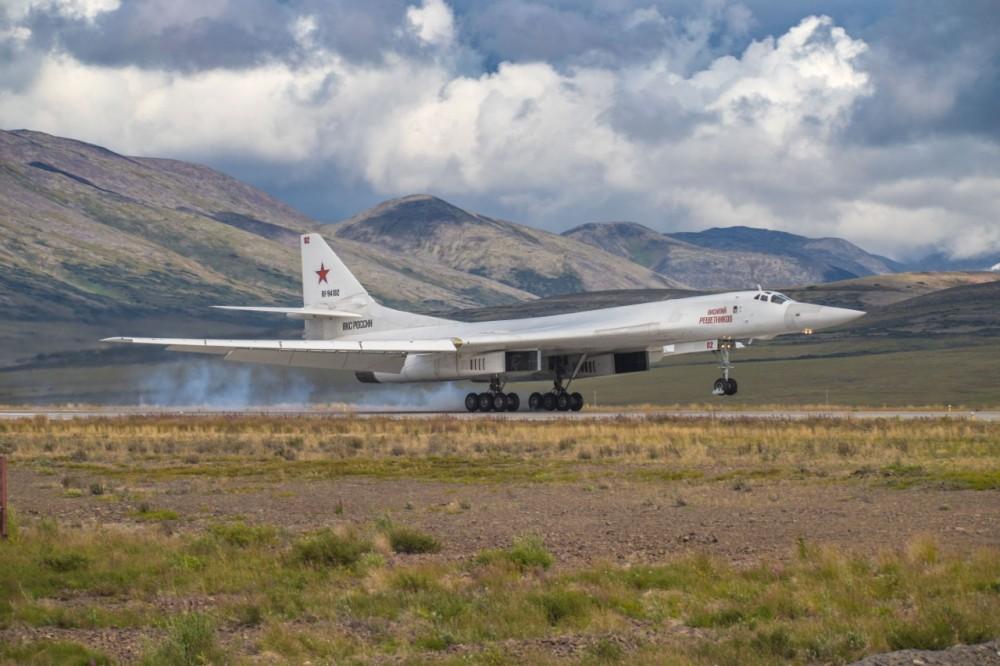 Tu-160 and Tu-95MS ( Blackjack and Bears ) - Page 35 71390410