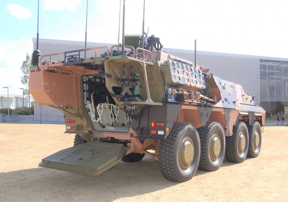 Australian Army  72675810