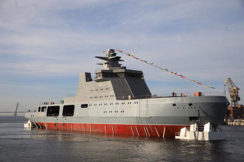 Project 23550 Arctic patrol ship - Page 2 74262410