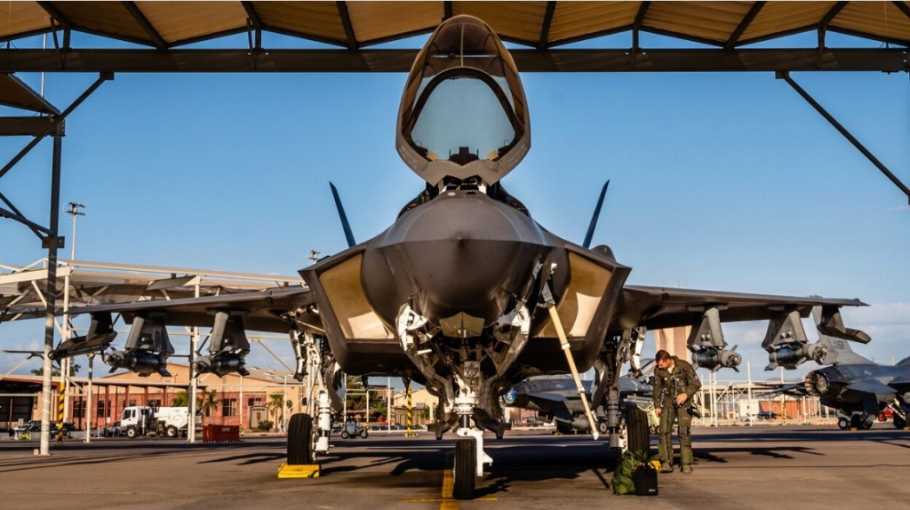 F-35 Development and News Thread: - Page 22 82818610