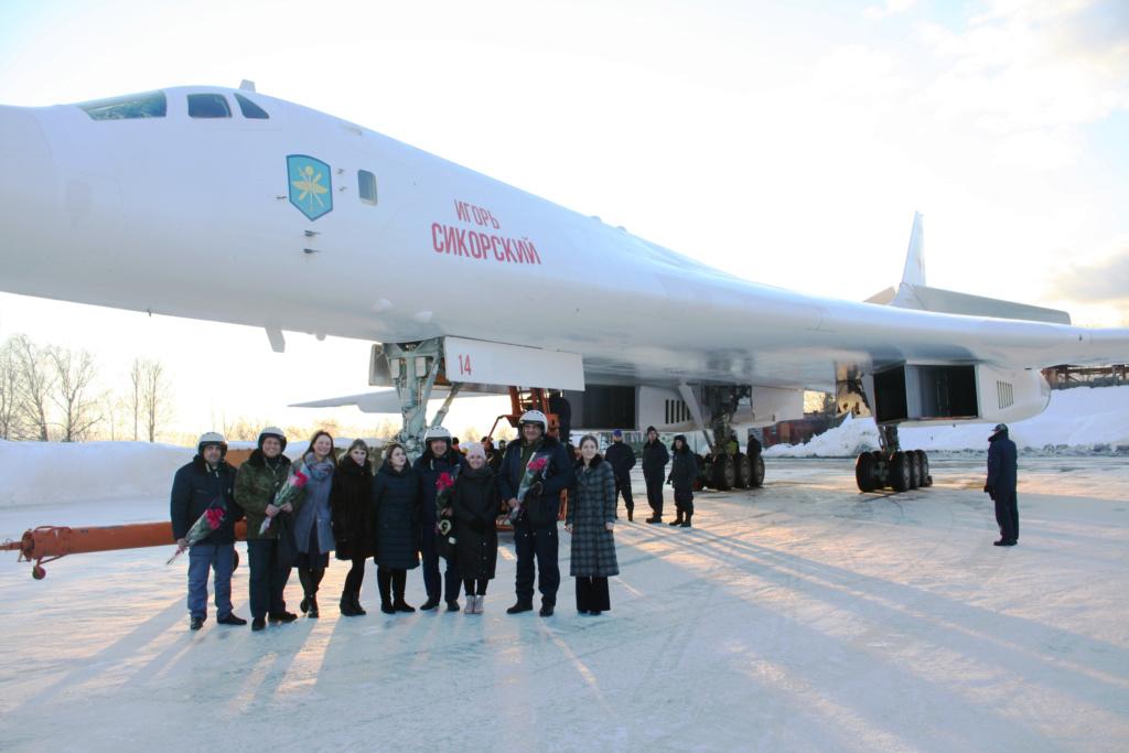 "Tu-160 ""White Swan"" - Page 37 87959710"