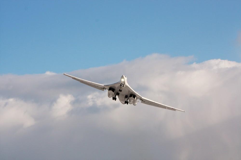 "Tu-160 ""White Swan"" - Page 37 87966310"