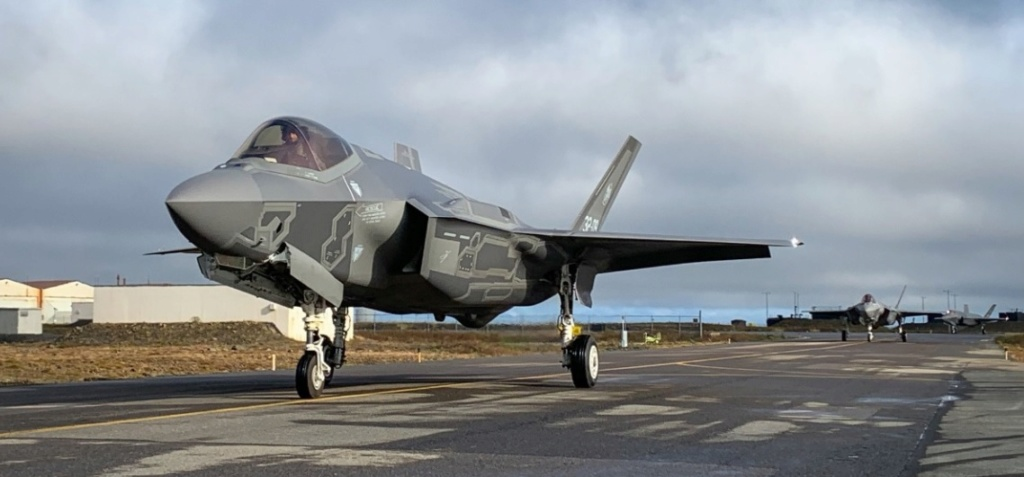 F-35 Development and News Thread: - Page 20 F-3510