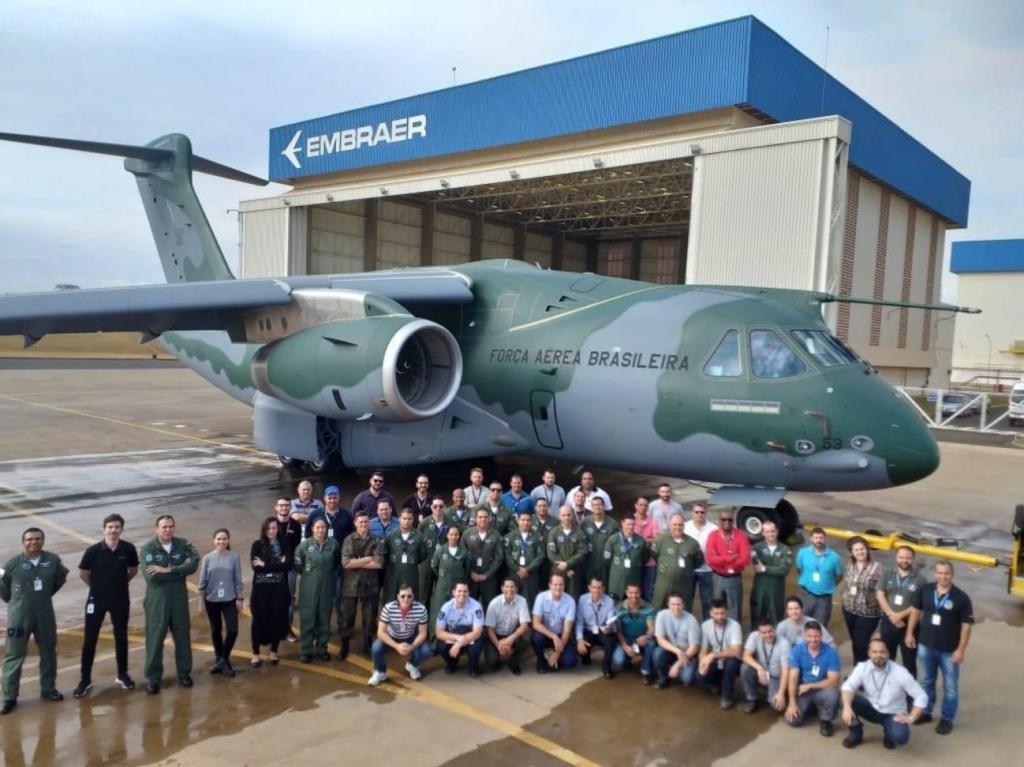 KC-390 Transport aircraft Kc-39010