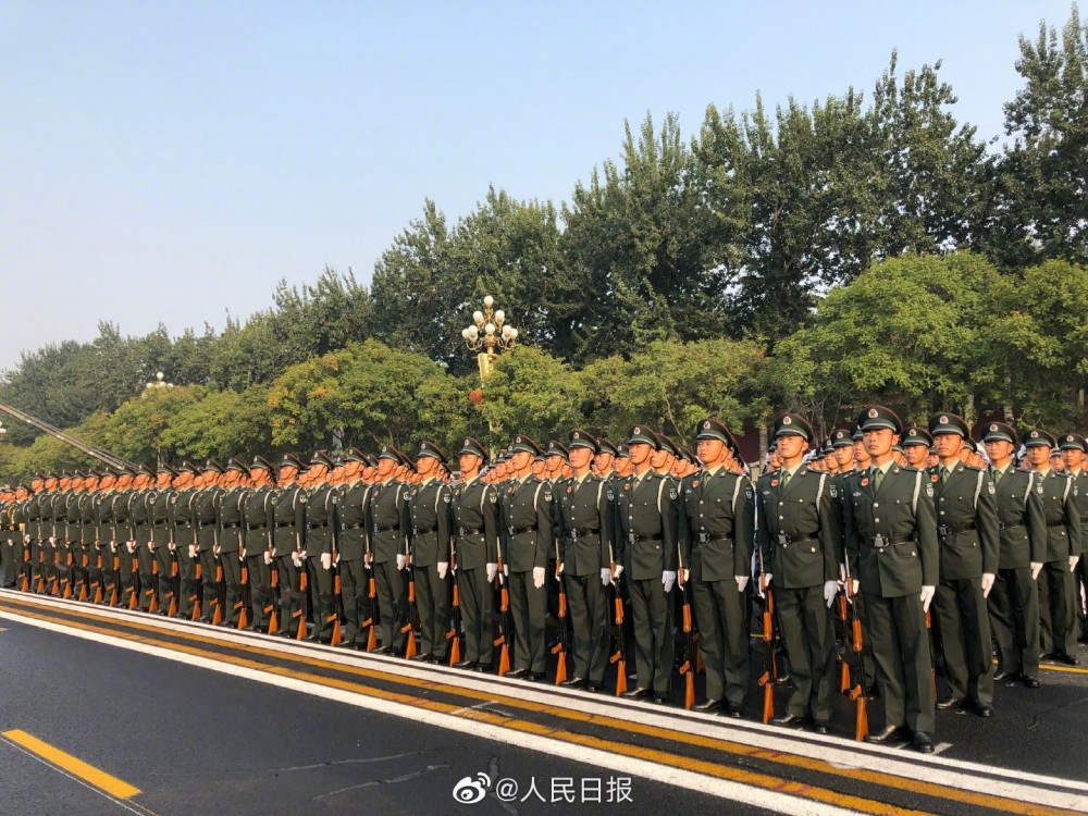 China People's Liberation Army (PLA): Photos and Videos - Page 4 Prc3b10