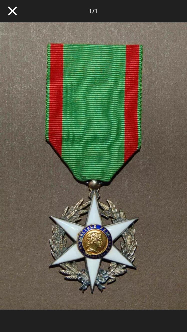 Différencier médaille mérite agricole  000a6f10