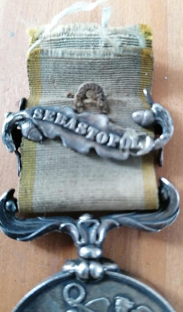 Médaille Crimée avec agrafe et ruban  221e8510