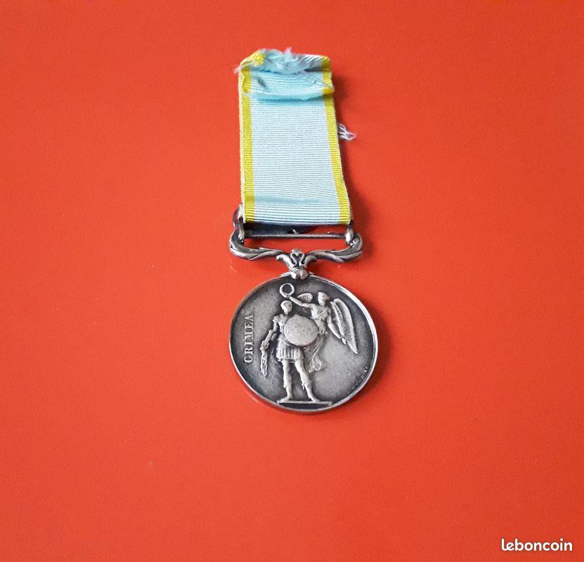 Médaille Crimée avec agrafe et ruban  C1c59b10