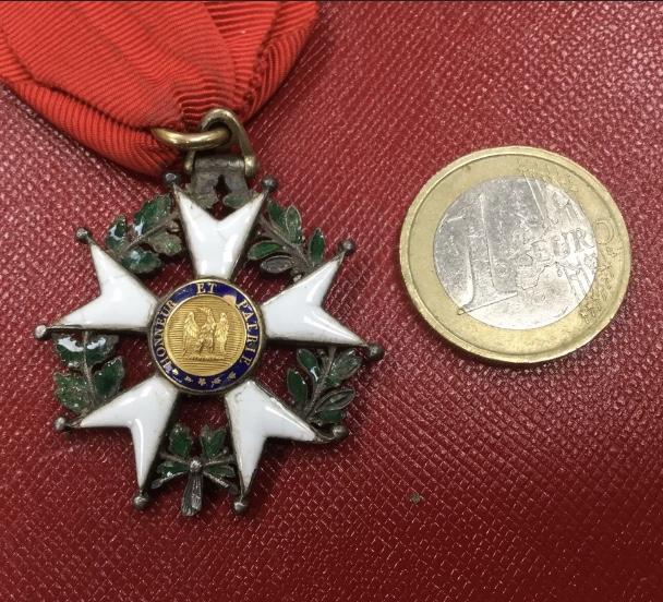 Légion d'honneur empire ?  C4a31b10