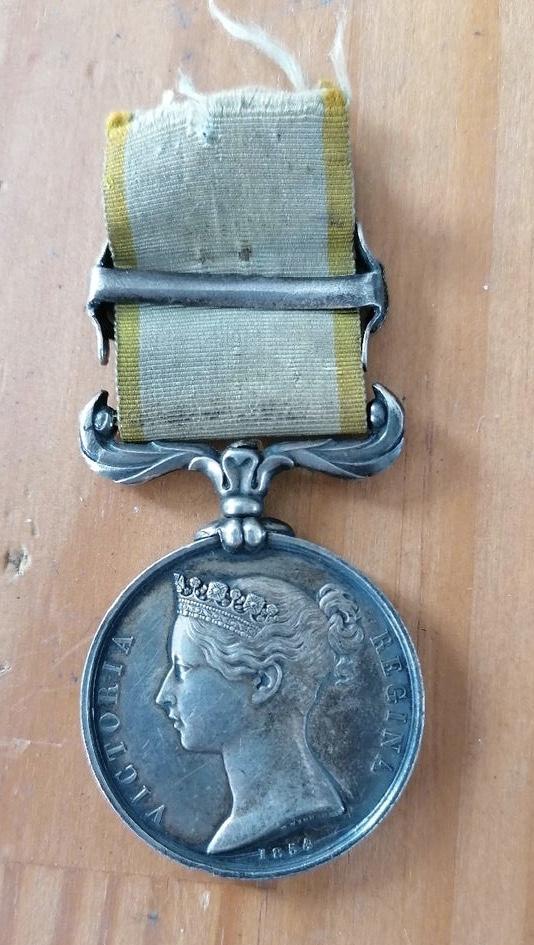 Médaille Crimée avec agrafe et ruban  Eb611810