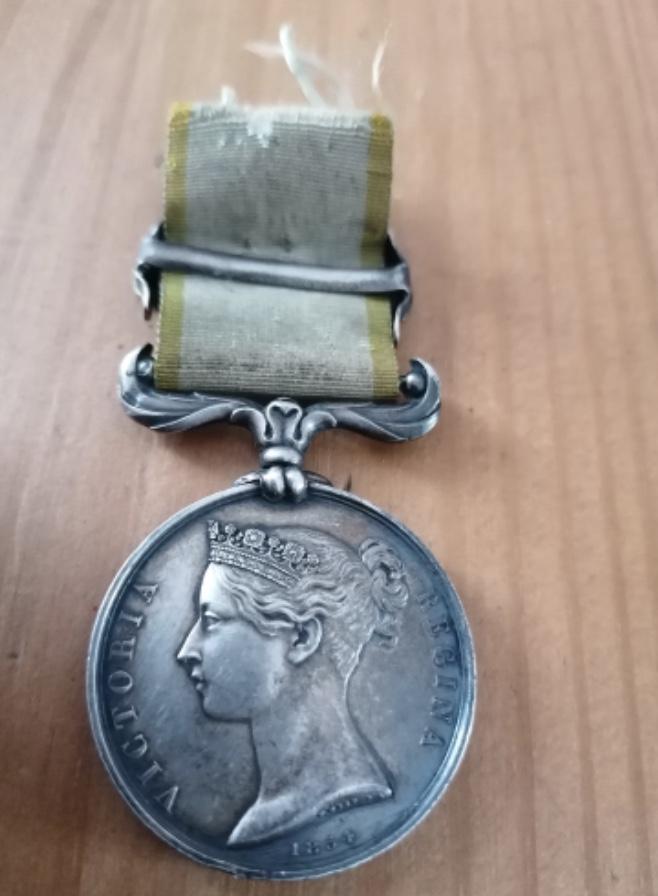 Médaille Crimée avec agrafe et ruban  Fbd78810