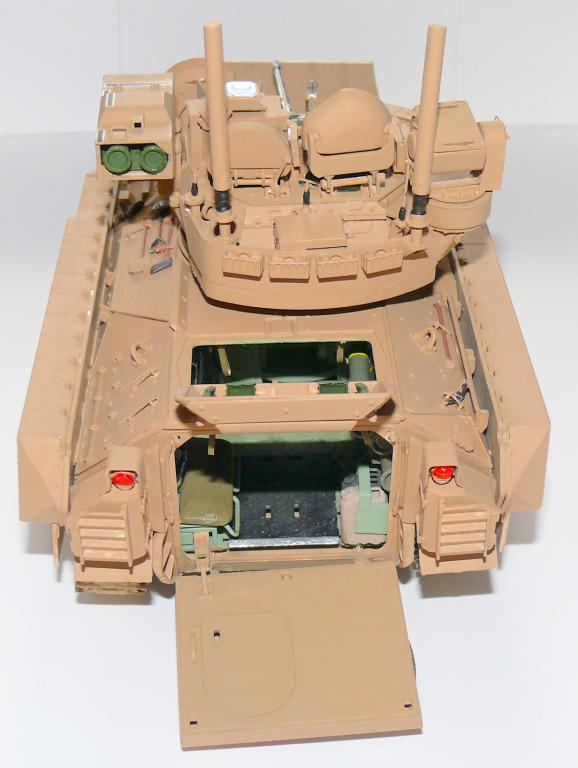 M3A3 BRADLEY w/BUSK III U.S. CAVALRY FIGHTING VEHICLE DE MENG Au 1/35 - Page 2 P1300511