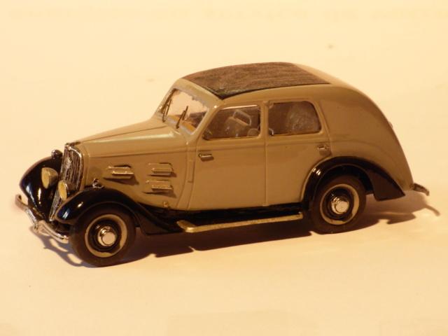 Quelques miniature tiré de la vitrine du papa... P1040616