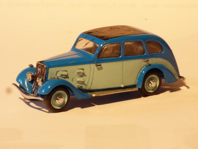 Quelques miniature tiré de la vitrine du papa... P1040619