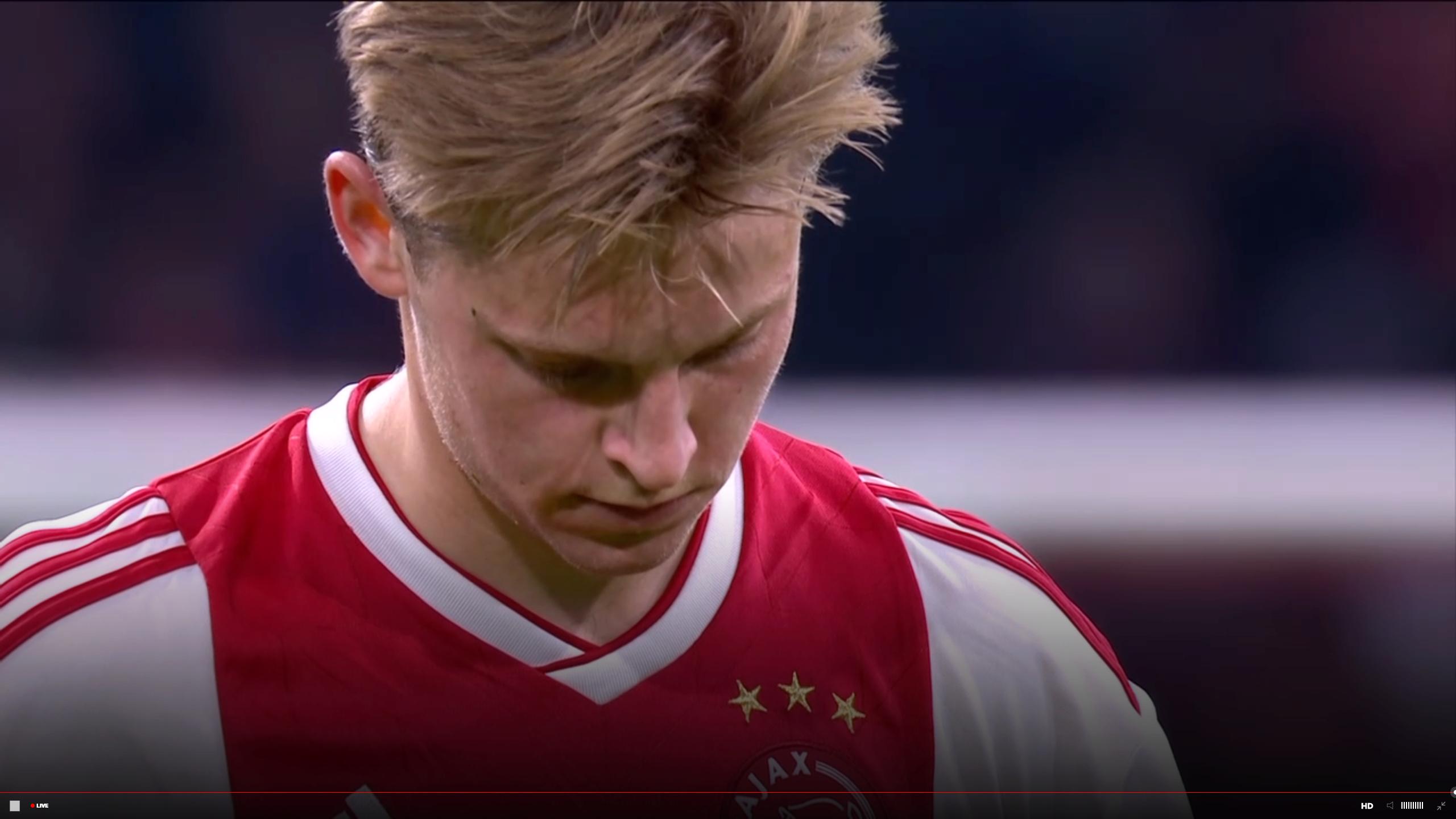 2018/19 UEFA Champions League Semi Final: Ajax vs Tottenham Hotspurs - Page 13 Dejong10