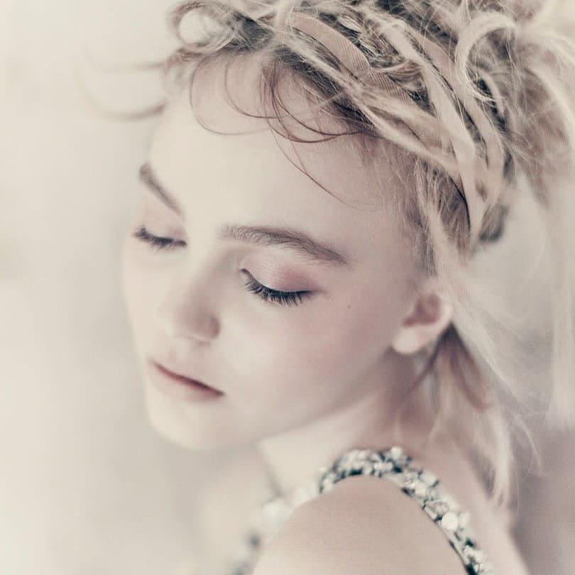Lily-Rose Depp dans la presse . - Page 4 Dkvrvo10