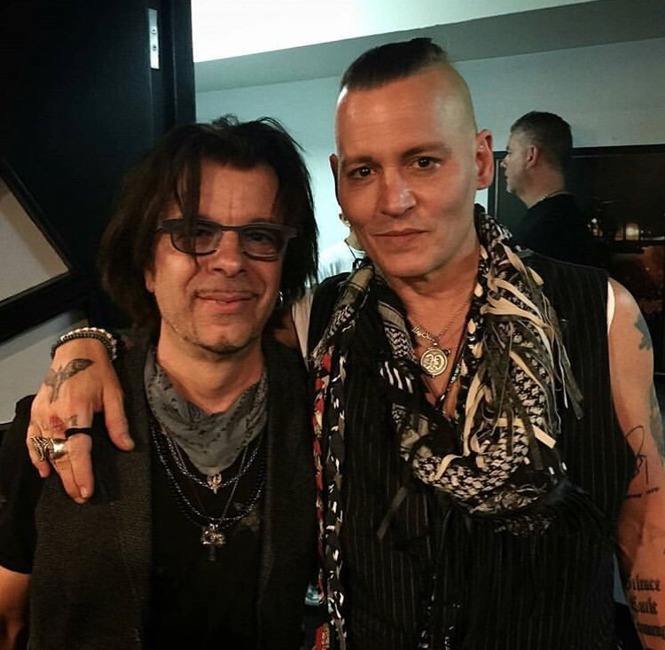 Le groupe Hollywood Vampires . - Page 31 Fc2blo17