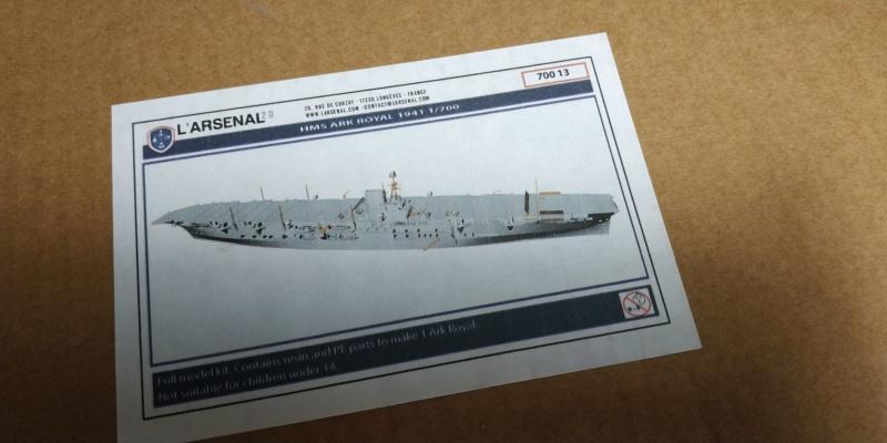 Ventes résine L'arsenal 1/700 Ark royal et New York LPD21.  Baisse Img-2013