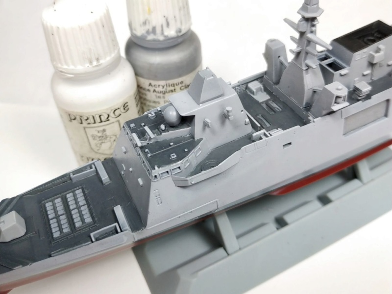 1/700 FREMM - Freedom Model Kit Img_2042