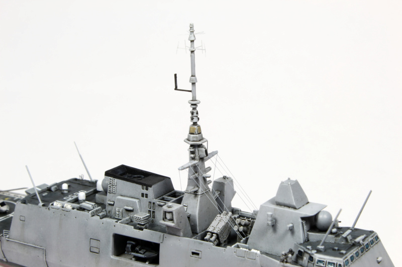1/700 FREMM - Freedom Model Kit Img_4423