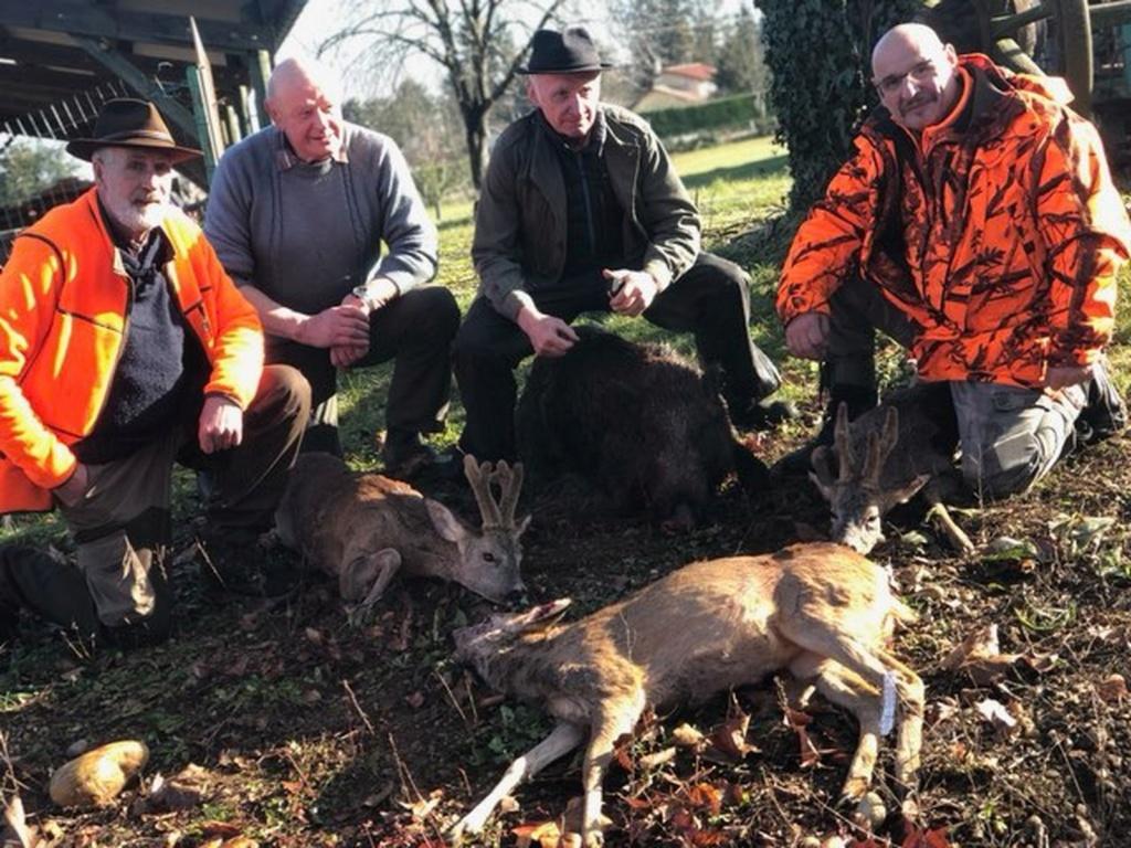 Une bonne matinée de chasse Save_212