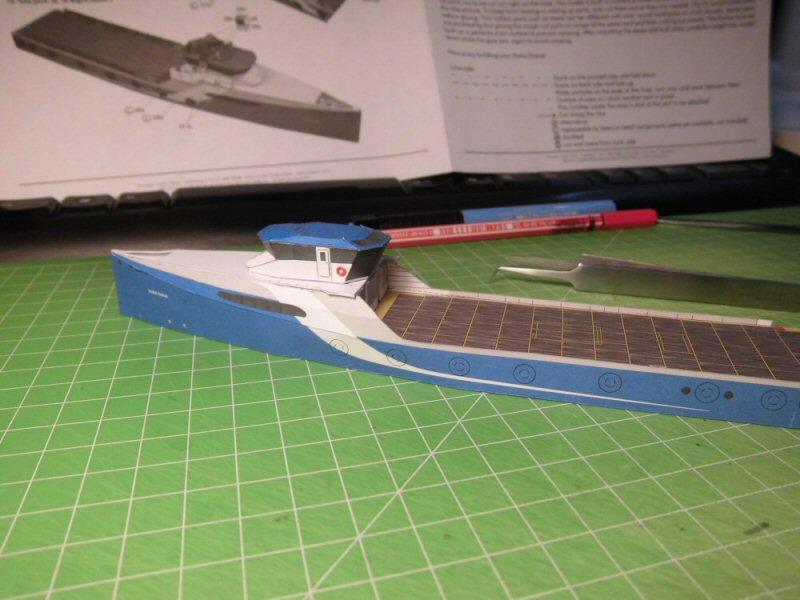 Versorger Dona Diana 1:250 HMV Cimg3844