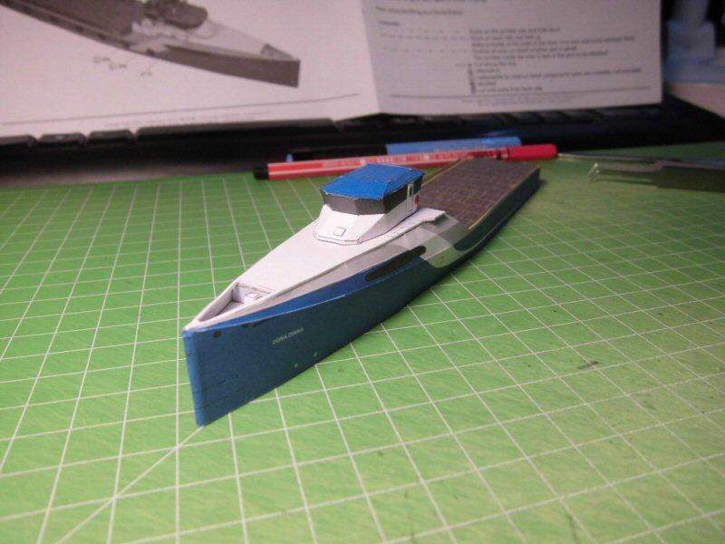 Versorger Dona Diana 1:250 HMV Cimg3845