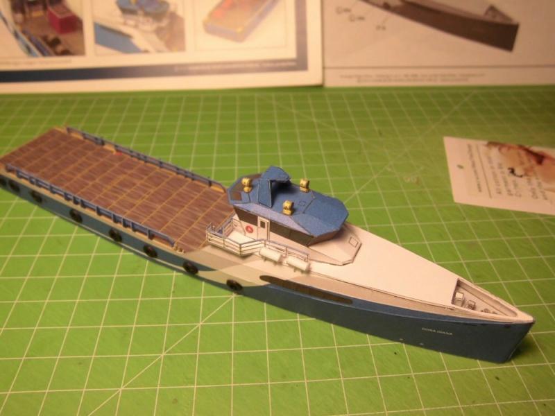 Versorger Dona Diana 1:250 HMV Cimg3864