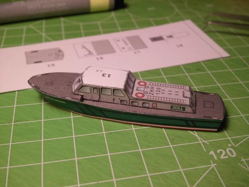 Hafenfahrzeuge HMV 1:250 Cimg4218