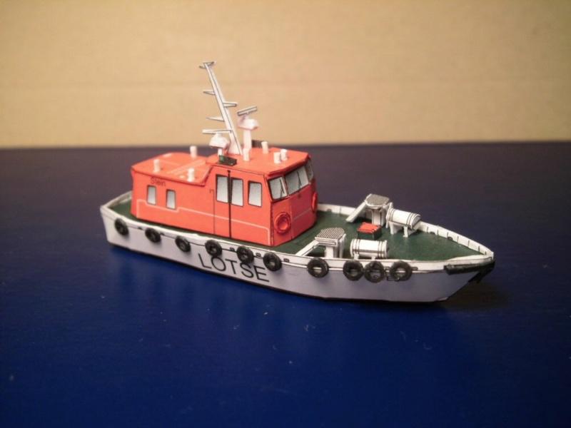 Hafenfahrzeuge HMV 1:250 Cimg5011