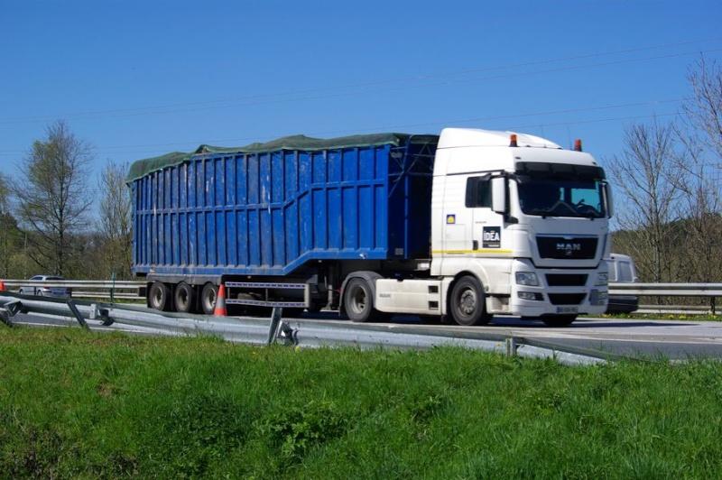 Idea Transport (Ancenis, 44) Imgp2610