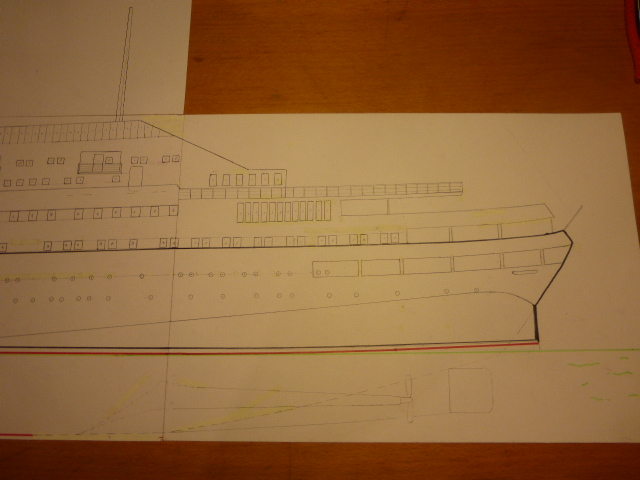 Paquebot MS Astoria au /100 ème modèle en bois et carton  P1020415