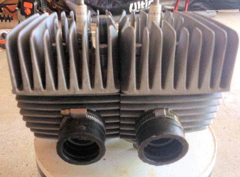 Un ensemble cylindres/culasses pour 125 S 35CV 31386210
