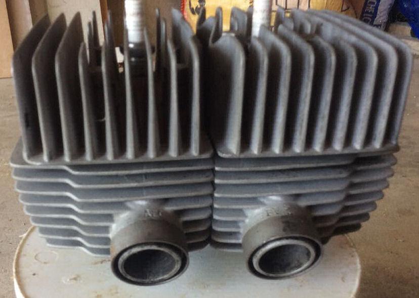 Un ensemble cylindres/culasses pour 125 S 35CV B2055c10