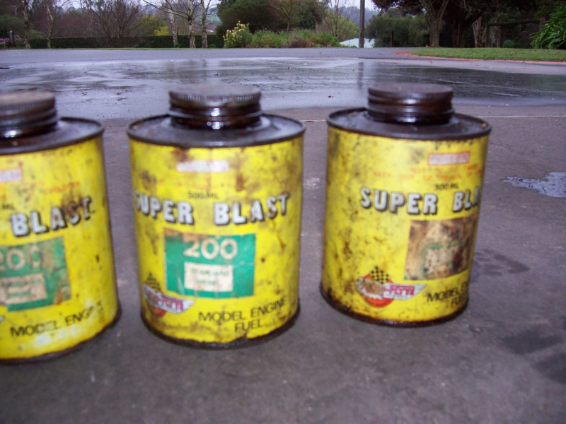 Ok, show your collectable glow fuel cans - Page 2 100_5212