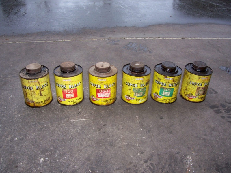 Ok, show your collectable glow fuel cans - Page 2 100_5213