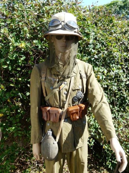 Soldat Afrikakorps devant El Alamein  520